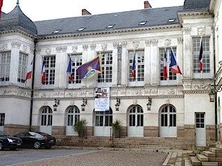 la mairie de Nantes hise le drapeau Tibétain — 13 mars 2013