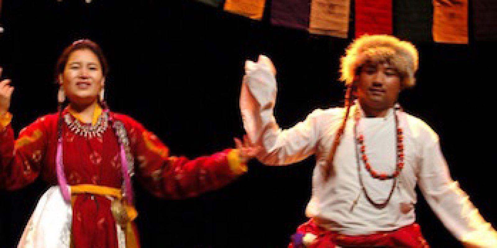 170412_Danses-tibet-Himalaya