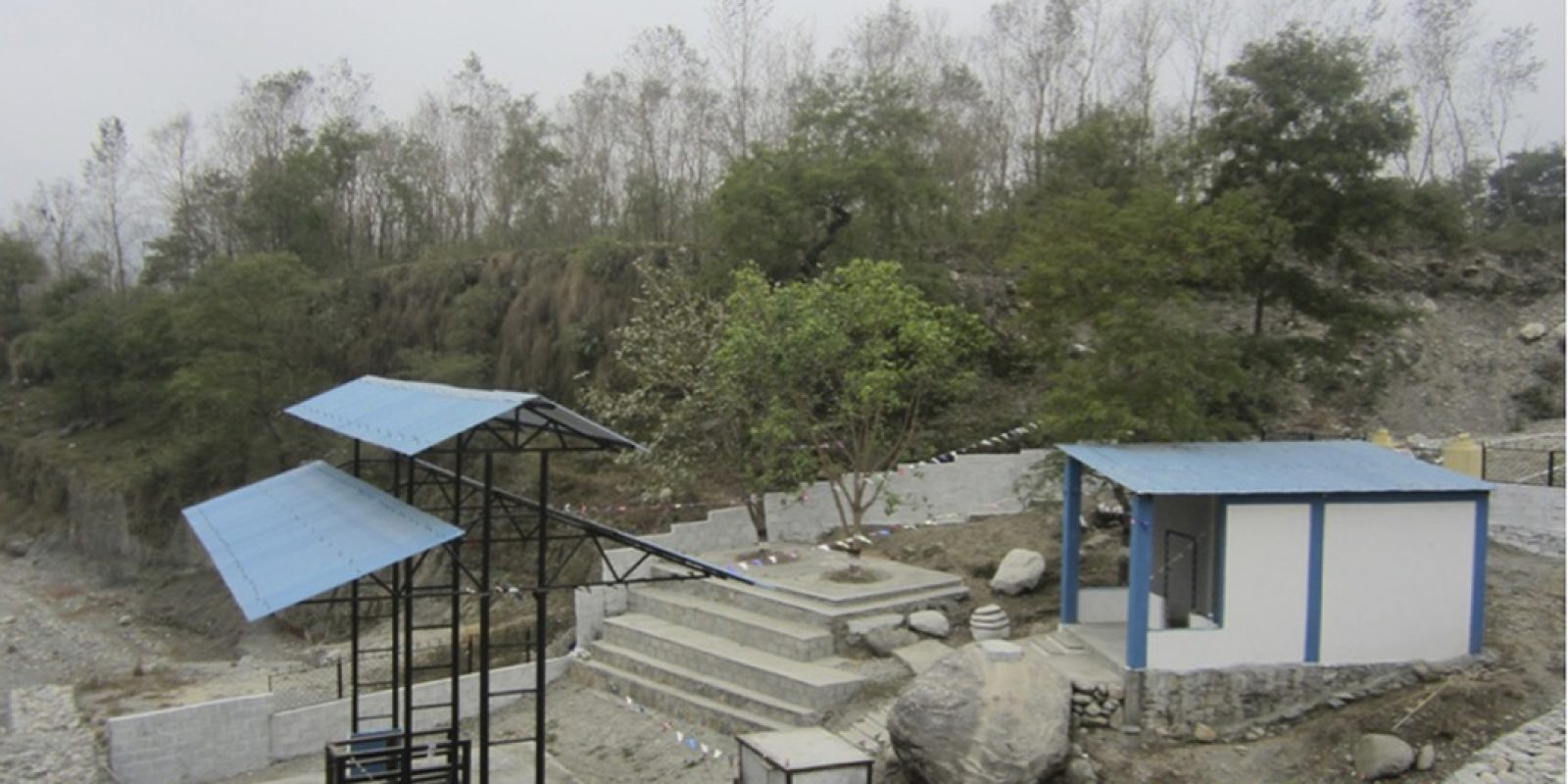 Construction d'un site de crémation de Jampaling à Pokhara (Népal) soutenu par T.E.E.